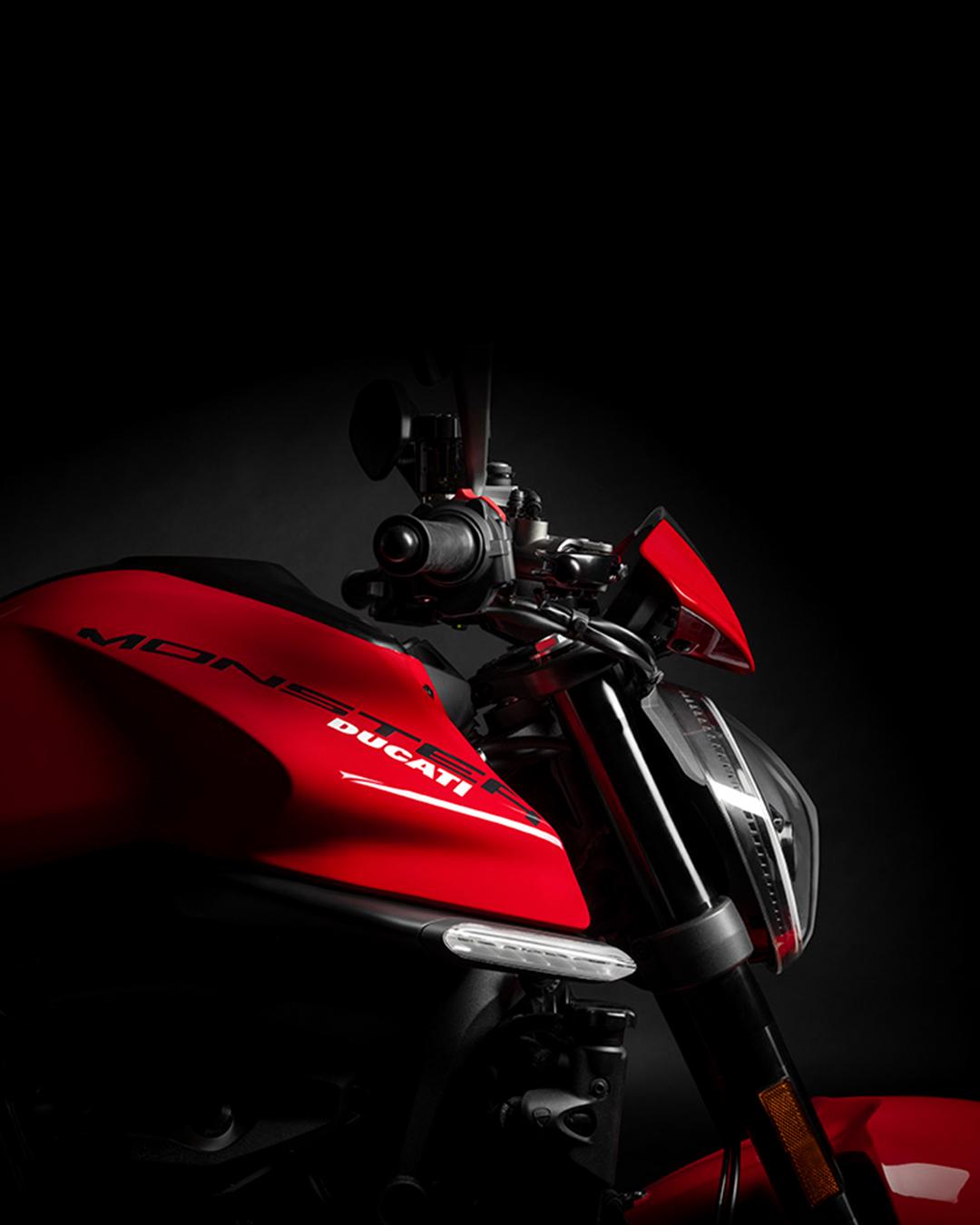 Ducati_IG_0212_Post_01_c_UC214710