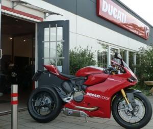Ducati Dealer Amsterdam: Ducati 1199 Panigale R