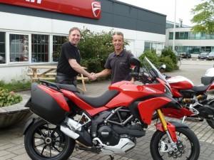 Ducati Dealer Amsterdam: Ducati Multistrada S Touring J.E. Hoeksema