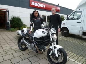 Ducati Dealer Amsterdam: Ducati Monster 696 Ramkisoen