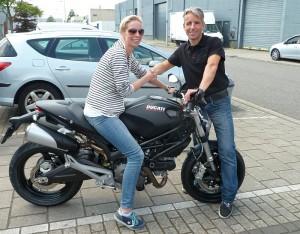 Ducati Dealer Amsterdam:Ducati Monster 696 ABS Kirsten