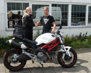 Ducati Dealer Amsterdam: Ducati Monster 696 Jolanda van Bergen