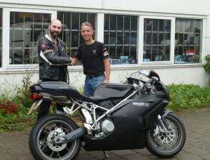 Ducati Dealer Amsterdam: Ducati 749 I. Lizandra