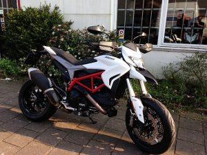 Ducati Dealer Amsterdam: Ducati Hypermotard 939
