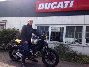 Ducati Dealer Amsterdam: Jan Ducati Scrambler Full Throttle
