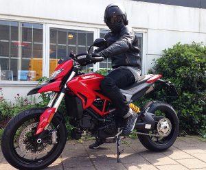 Ducati Dealer Amsterdam : Ducati Hypermotard 939