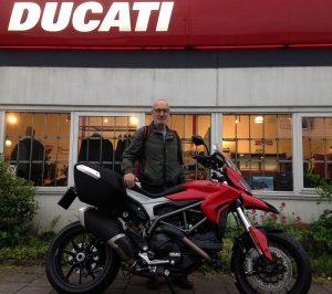 Ducati Dealer Amsterdam : Bert Ducati Hyperstrada 939