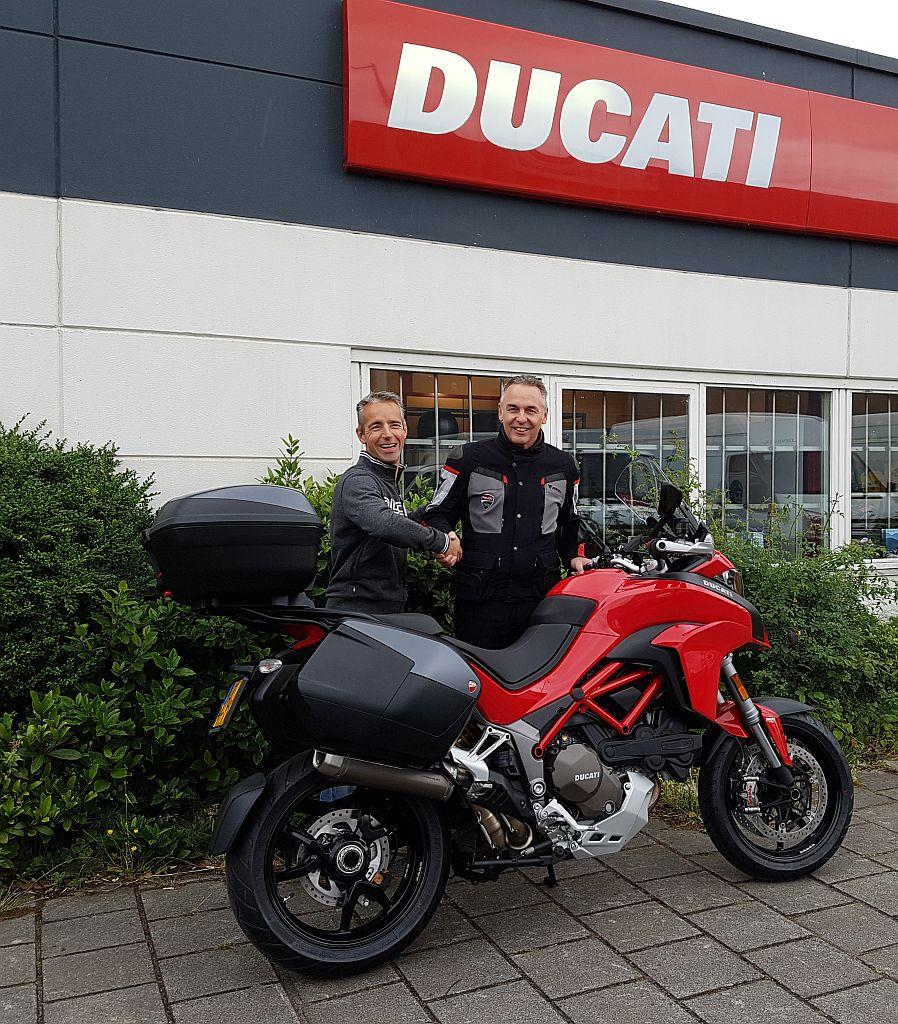 Ducati dealer amsterdam verkoopt een multistrada 1200 S.