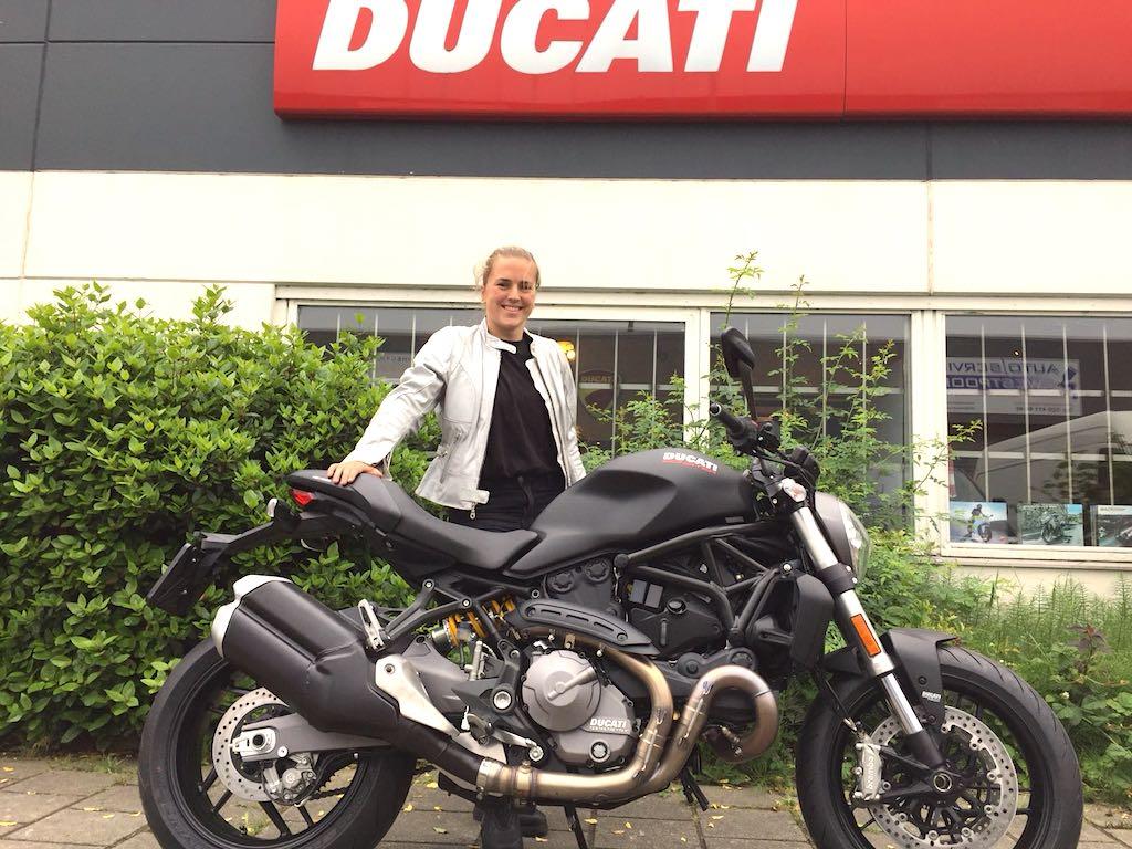 motortoer ducatir dealer amsterdam verkoopt veel ducati motoren