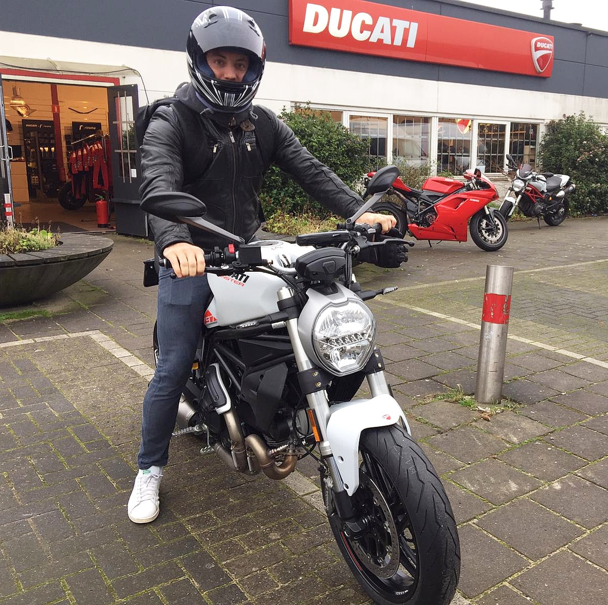 ducati monster 821 white