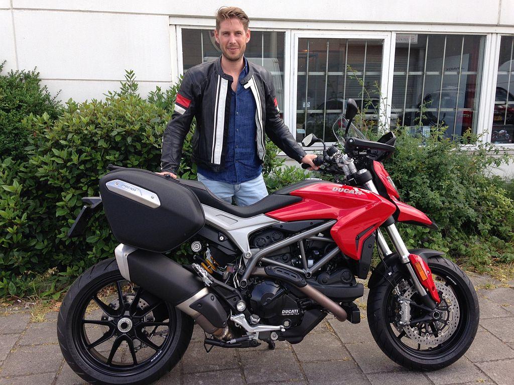 Ducati Dealer Amsterdam : Ducati Hyperstrada Johan