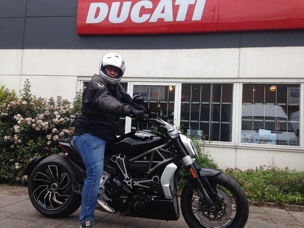 Ducati Dealer Amsterdam: Ducati XDiavel S