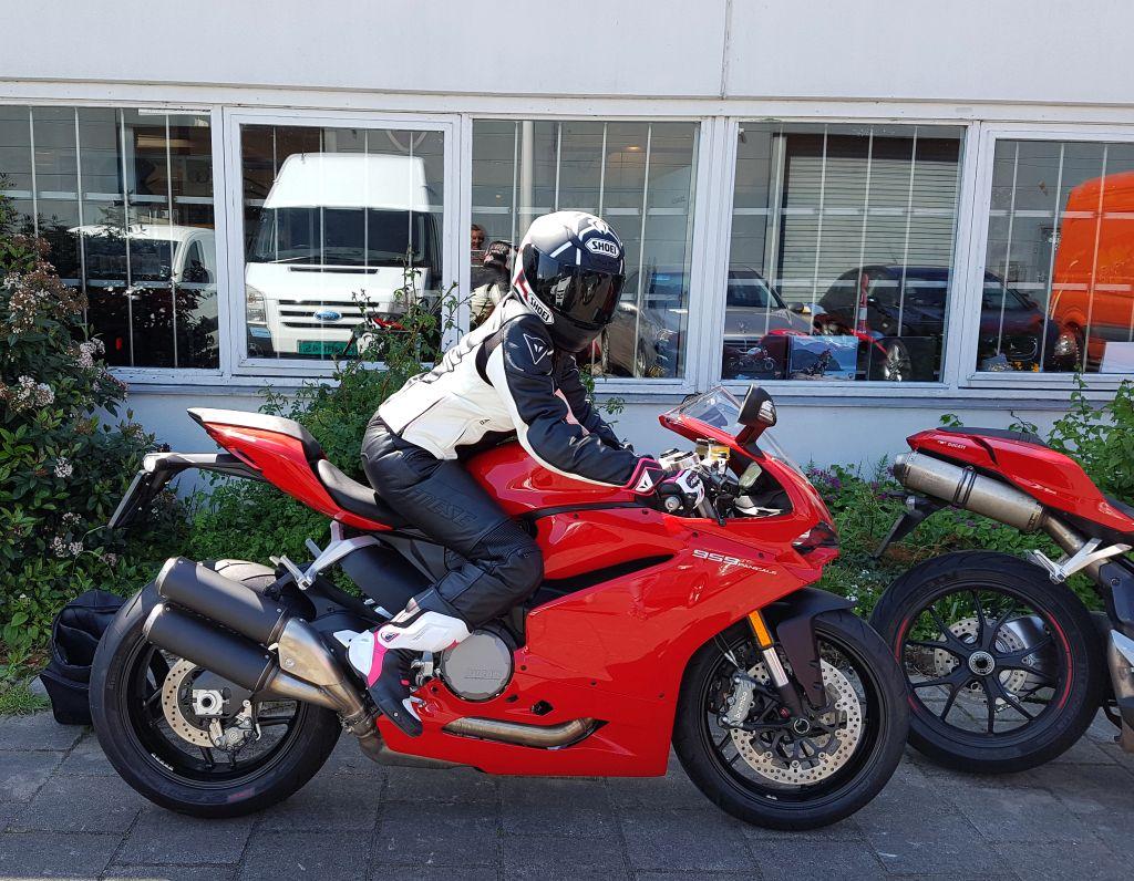 Ducati Dealer Amsterdam ; 959 Panigale